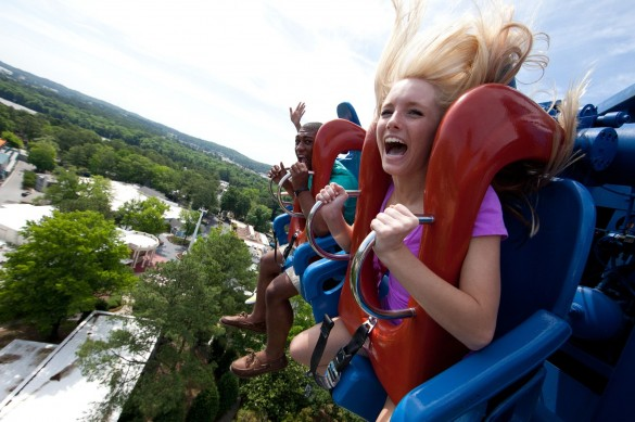 Acrophobia en pleine chute ! (photo : Six Flags)