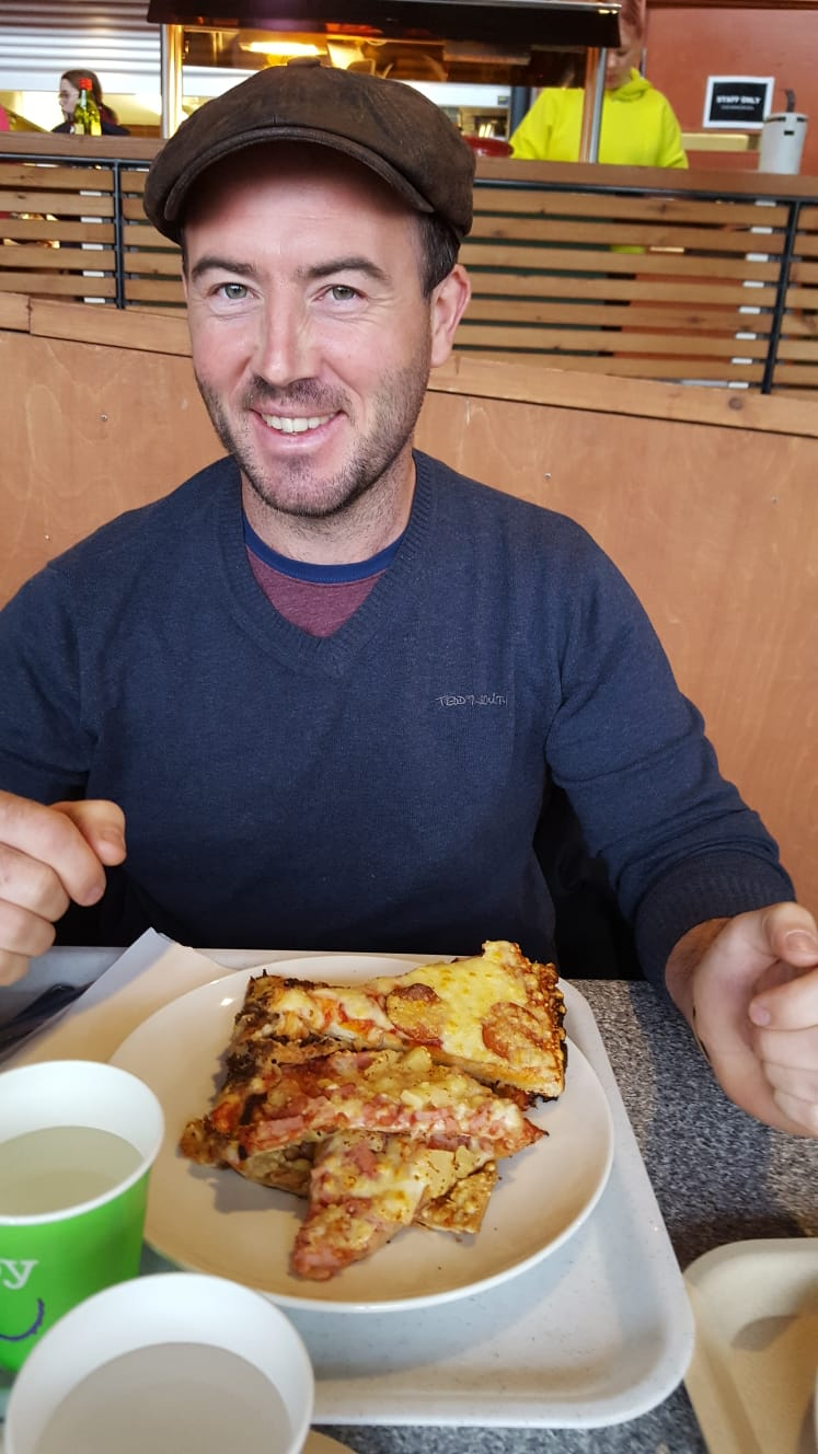 043_pizza joel